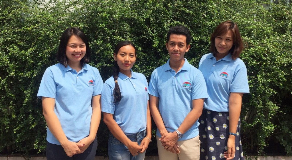 bangkok-volunteer-coordinating-and-intern-staff