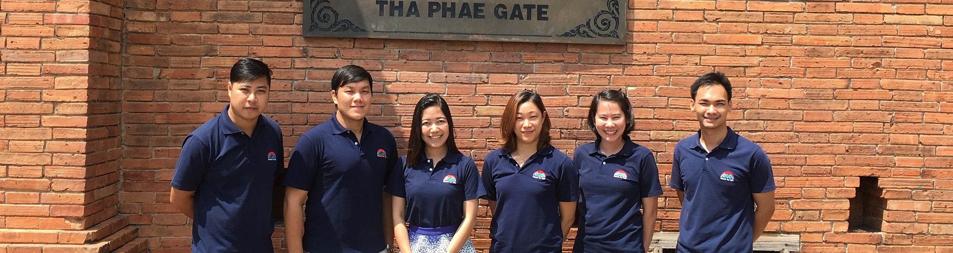 chiang-mai-thailand-volunteer-coordinating-staff
