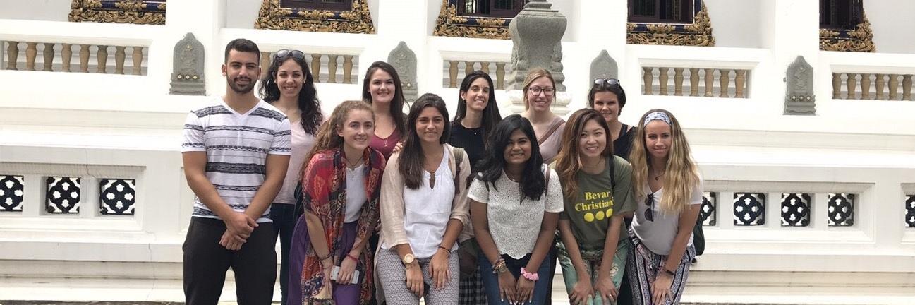 Volunteer Bangkok Group 54